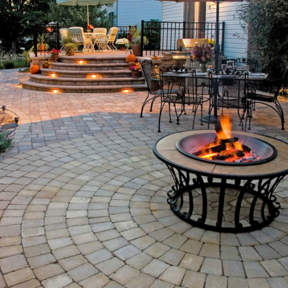 Integral Lighting Warm Up Your Hardscape